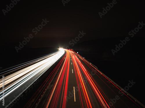 Foto op Plexiglas Nacht snelweg Langzeitbelichtung Autobahn