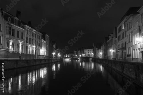 Fotobehang Brugge Brujas noche