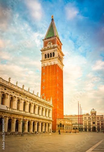 Foto op Plexiglas Venetie San Marco Bell tower, Venice