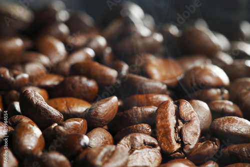Papiers peints Cafe Hot roasted coffee beans