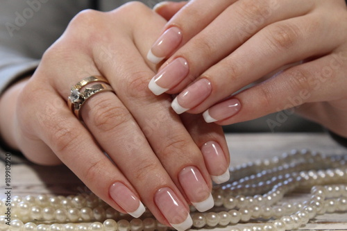Plexiglas Manicure fashionable natural manicure