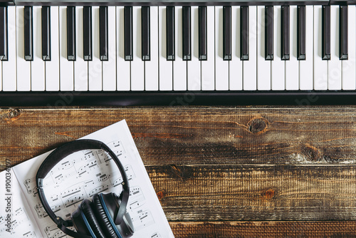 electronic-piano-keyboard