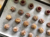 Almond pastries - 190055557