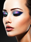 Portrait of a woman with beautiful fashion makeup. - 190056709