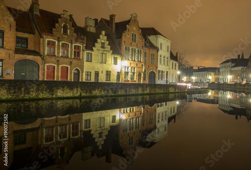 Fotobehang Brugge Langerei by night - Brugge