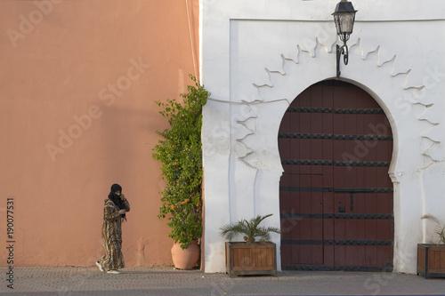 Keuken foto achterwand Marokko verschleiderte Frauen Marrakesch