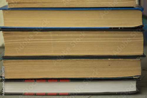Fotobehang Betonbehang Old books