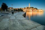 Rovinj in Kroatien in der Morgensonne - 190132982