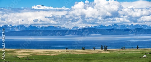 Fotobehang Blauw bulutlar ve su