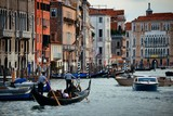Busy water traffic in Grand Canal - 190243902