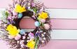 Leinwanddruck Bild - Bunter Kranz zu Ostern