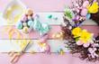 Leinwanddruck Bild - Bunte Osterhasen und Eier