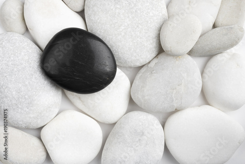 Papiers peints Spa Black and white pebbles stone texture. Spa therapy conceptual background