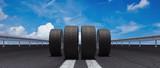 Reifen auf Straße als Konzept für Reifenwechsel
