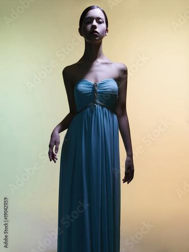 Staande foto womenART Beautiful asian woman