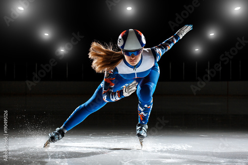 obraz lub plakat short track. athlete on ice