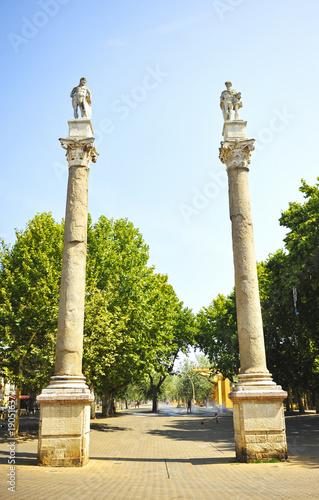 Alameda de Hércules en el centro de Sevilla, España
