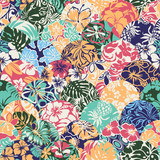 Hawaiian style vector seamless patchwork pattern with hibiscus and leaves - 190535566