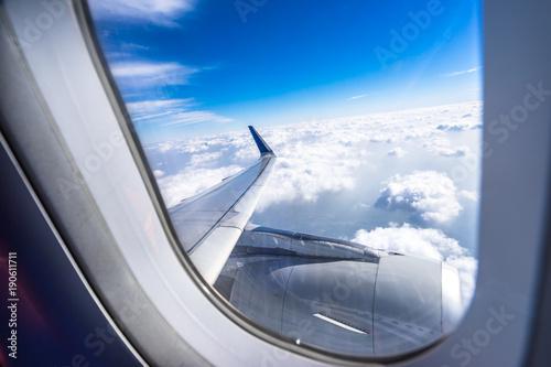 airplane window - 190611711