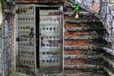 Wooden antique door in Altos de Chavon - 190629119