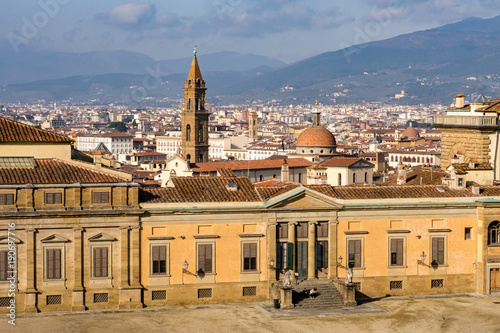 Papiers peints Florence View on Oltrarno with Pallazzo Porto and Basilica di Santa Spirito