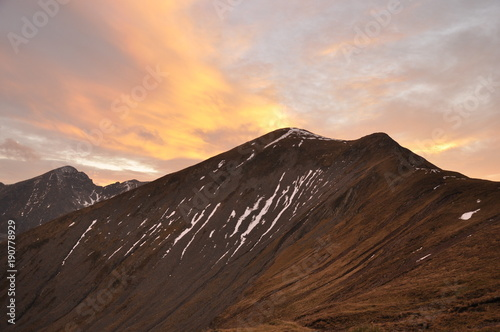 Papiers peints Marron chocolat Mountain