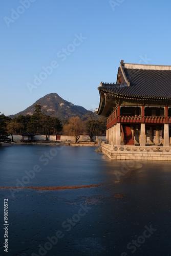 Fotobehang Peking KOREAN TEMPLE IN SEOUL