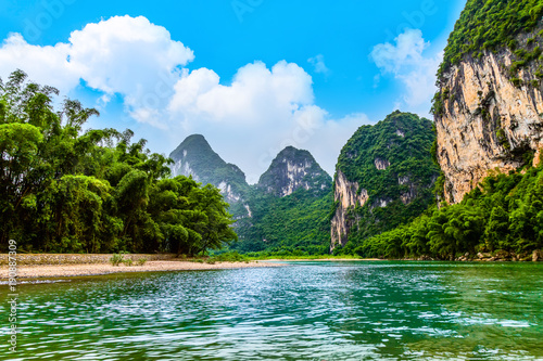Aluminium Guilin The beautiful rivers and landscape of the Lijiang River in Guilin, China
