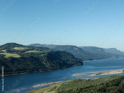 Foto op Aluminium Blauw Beautiful landscape from Vista House in Oregon state
