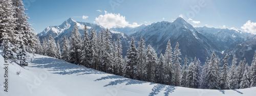 Foto op Plexiglas Panoramafoto s winterliches Bergpanorama