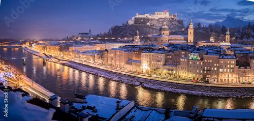 Salzburger Altstadt im Winter, Malerisch, Panorama © Patrick Daxenbichler