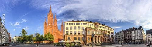 Foto op Plexiglas Panoramafoto s Wiesbaden, Marktkirche, Schlossplatz