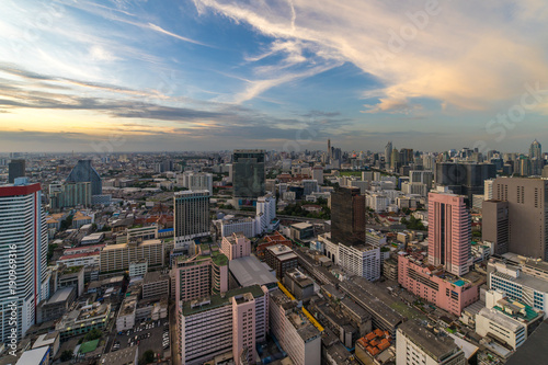 Foto op Plexiglas Bangkok Ariel View of Skyscraper Cityscape at Evening Time, Bangkok, Thailand.