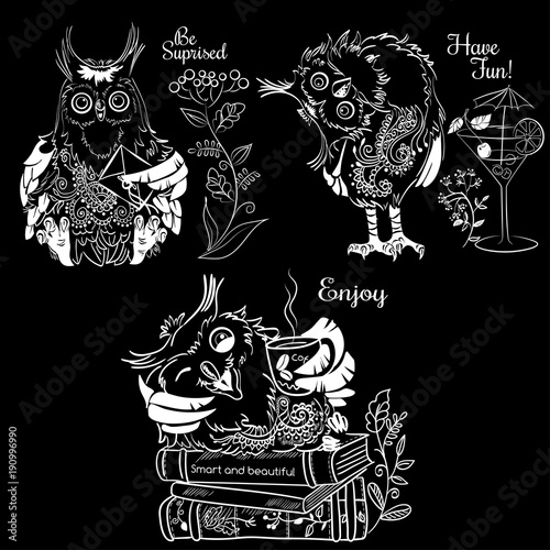 Fotobehang Uilen cartoon Three funny owls white illustration on a black background