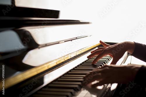 Música - 191008580
