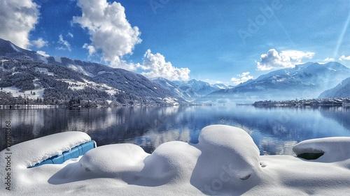 Zell am See, SalzburgerLand, Zeller See, Winter, Schnee, Winterlandschaft, Pinzgau, Salzburg, Österreich, Spiegelung, Sonnenschein, Schneedecke, Neuschnee, Kaprun, Seeufer,
