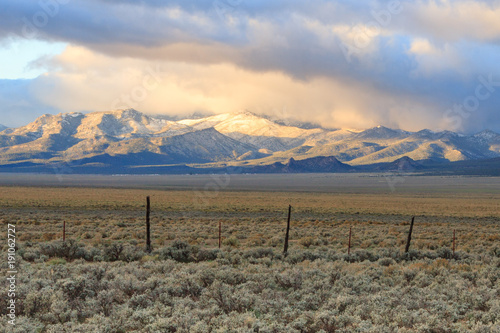 Foto op Canvas Beige Morning Light on Mountains