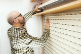 roller shutter and handyman for repair and restore - 191063961