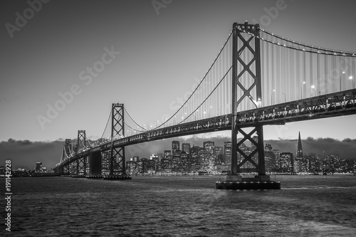 Aluminium Bleke violet Bay Bridge Black and White