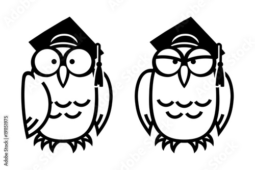 Aluminium Uilen cartoon Funny owls in square academic caps, hand drawn vector illustration in comic style, isolated on white.
