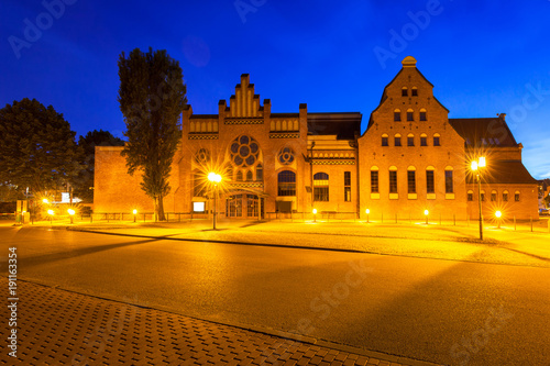 Foto op Plexiglas Donkerblauw Architecture of the Baltic Philharmonic in Gdansk at night, Poland