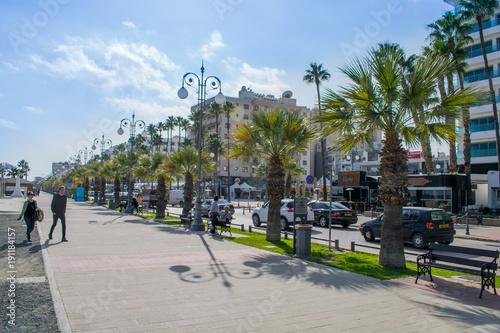 Fotobehang Cyprus Larnaca, Cyprus finikoudes promenade
