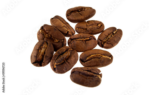 Poster Koffiebonen coffee grains isolated on white background
