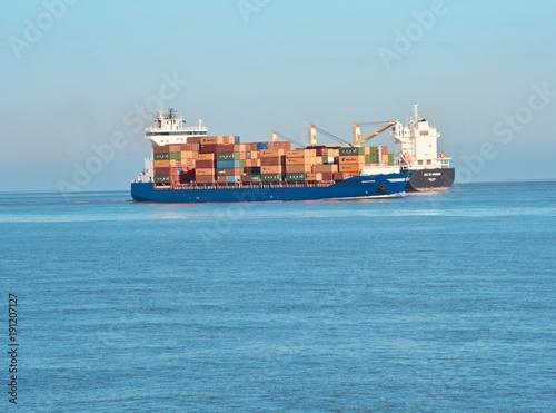 In de dag Noordzee Container Schiff