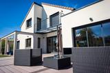 belle maison contemporaine - 191220554