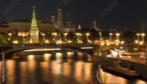 Poster Moskou Moscow Kremlin classic scenic view at night