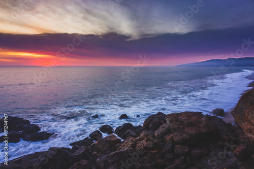 Foto op Canvas Aubergine Colorful Point Dume Sunset