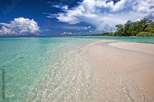 Fotobehang Tropical strand Beach landscape