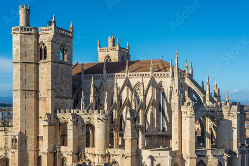 saint-just-et-saint-pasteur-cathedral-in-narbonne-france