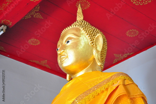 Foto op Canvas Boeddha The sacred object in Buddhism in the shop at Wat Thai.